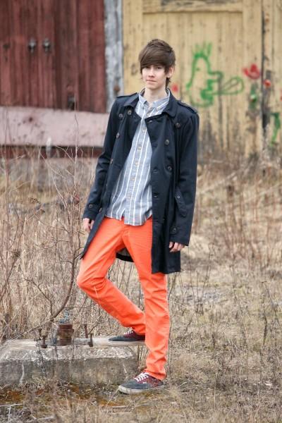 Jacka, skjorta och byxor är Solid